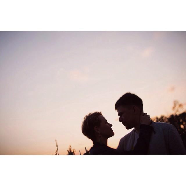 Любовь в большом городе. #family_photographer #love #lovestory #love_and_family #mariebo #sunset #summertime #семейный_фотограф