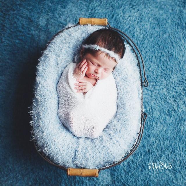 Аааааа!!!:)) я прыгаю до потолка и топаю ногами, и радуюсь как моя Сонечка:)) закончился #мк_кондратенко, и все кипит внутри в предвкушении:) вокруг сразу оказались все беременны, и уже в голове рождаются образы:) я очень люблю маленьких деток, а теперь мы будем видеться гораздо чаще:) Еще есть несколько мест на СПЕЦИАЛЬНЫЕ УСЛОВИЯ для съемки, так что пишите:)) а я полетела дальше на крыльях любви!! спасибо, Настенька @newangel_photographer Это ?! до_30  #счастье_есть #детский_дотограф #семейные_ценности #счастливое_детство ?
